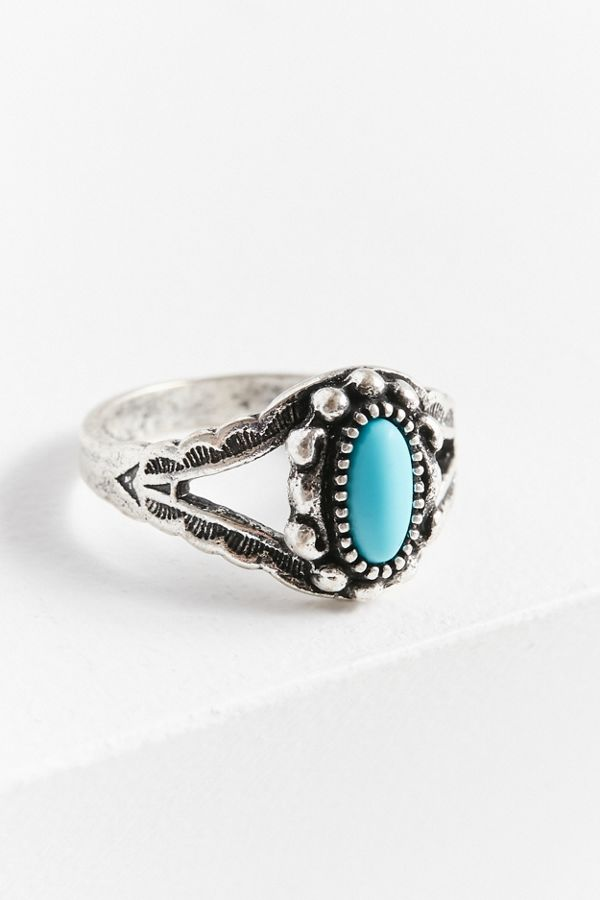Kaia Delicate Stone Ring | Urban Outfitters