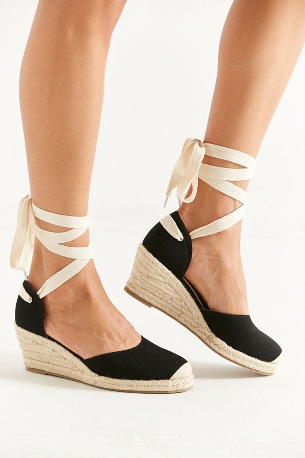UO Espadrille Lace-Up Wedge NUItkT