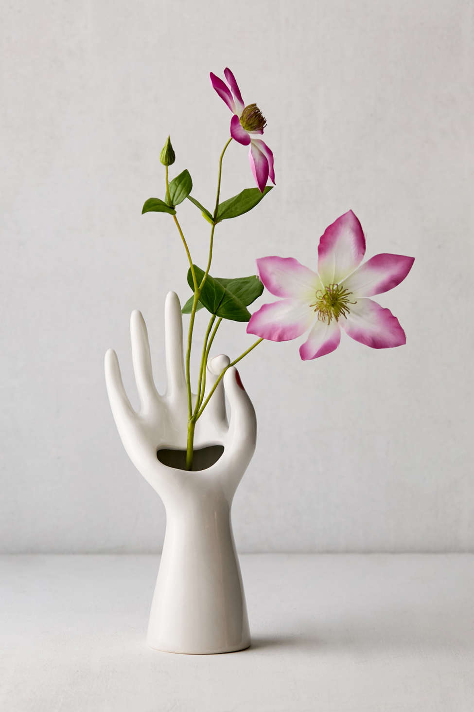 Slide View: 1: Manicure Vase