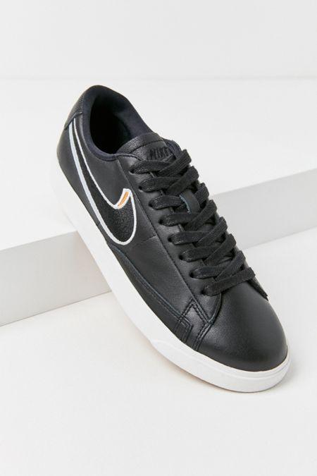 online store 443ce 19228 Nike Blazer Low LX Sneaker  Urban Outfitters