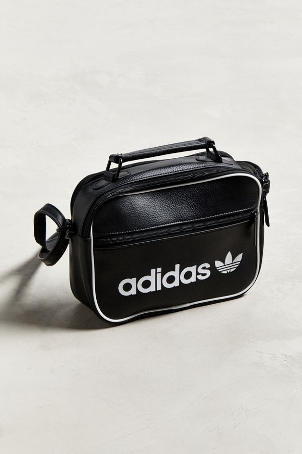 f6b3dc9bd58 Adidas Originals Vintage Airliner Sling Bag Urban Outers
