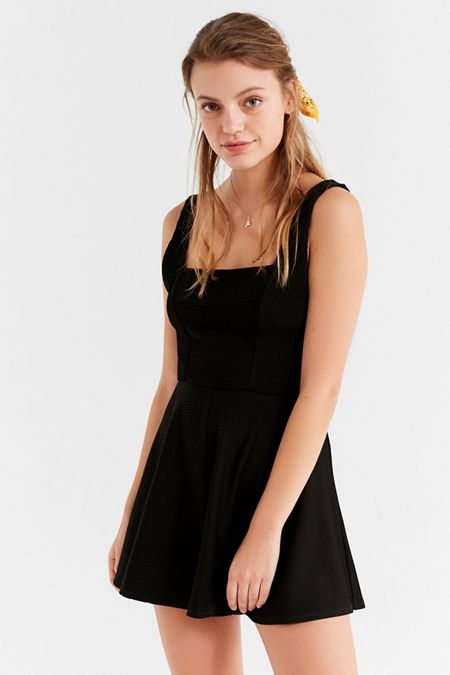 Dresses + Rompers on Sale | Urban Outfitters