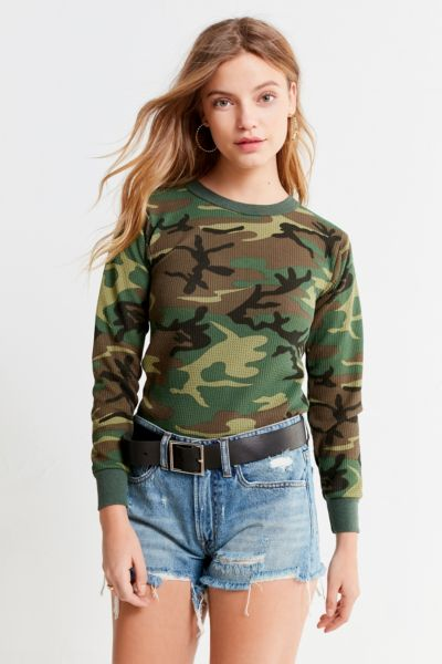 Vintage Camo Thermal Ringer Top - Olive S at Urban Outfitters