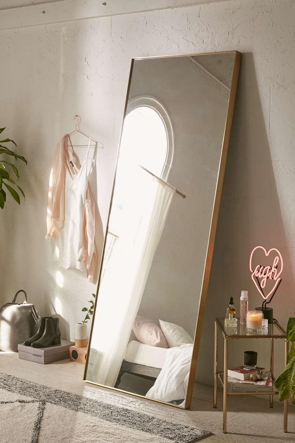 Slide View: 1: Bellevue Floor Mirror