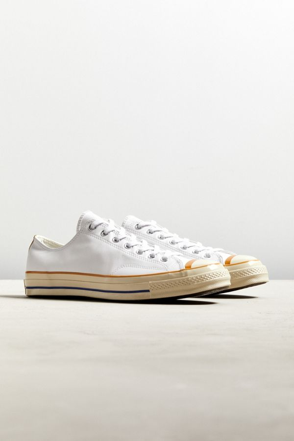 57128e5250b496 ... netherlands slide view 1 converse chuck 70 leather low top sneaker  7ede7 85d96