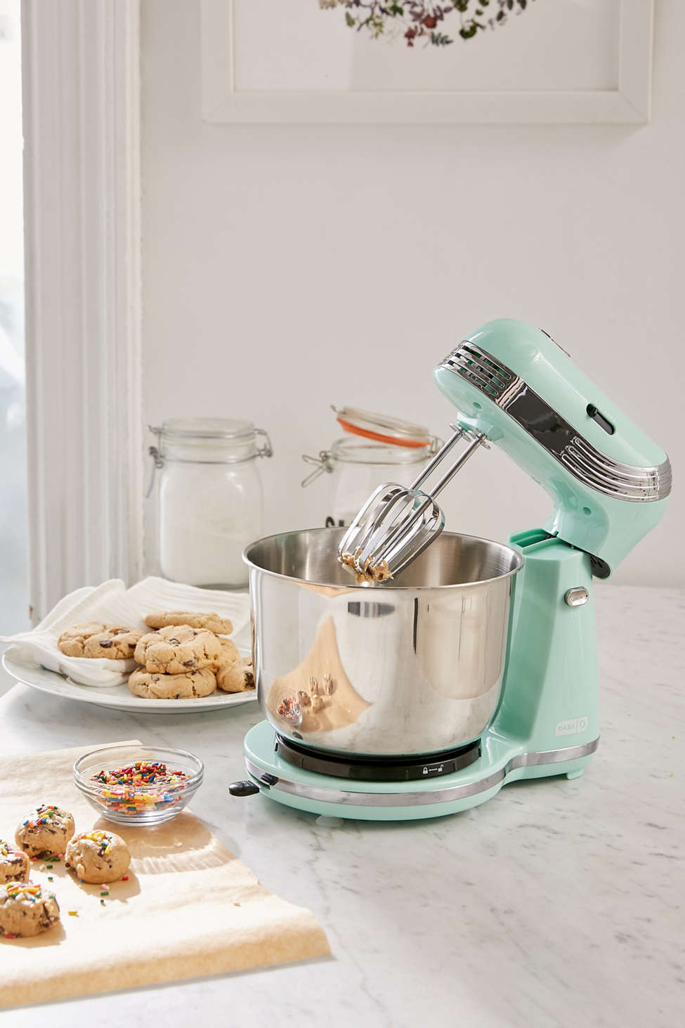 Slide View: 1: Everyday Standing Mixer