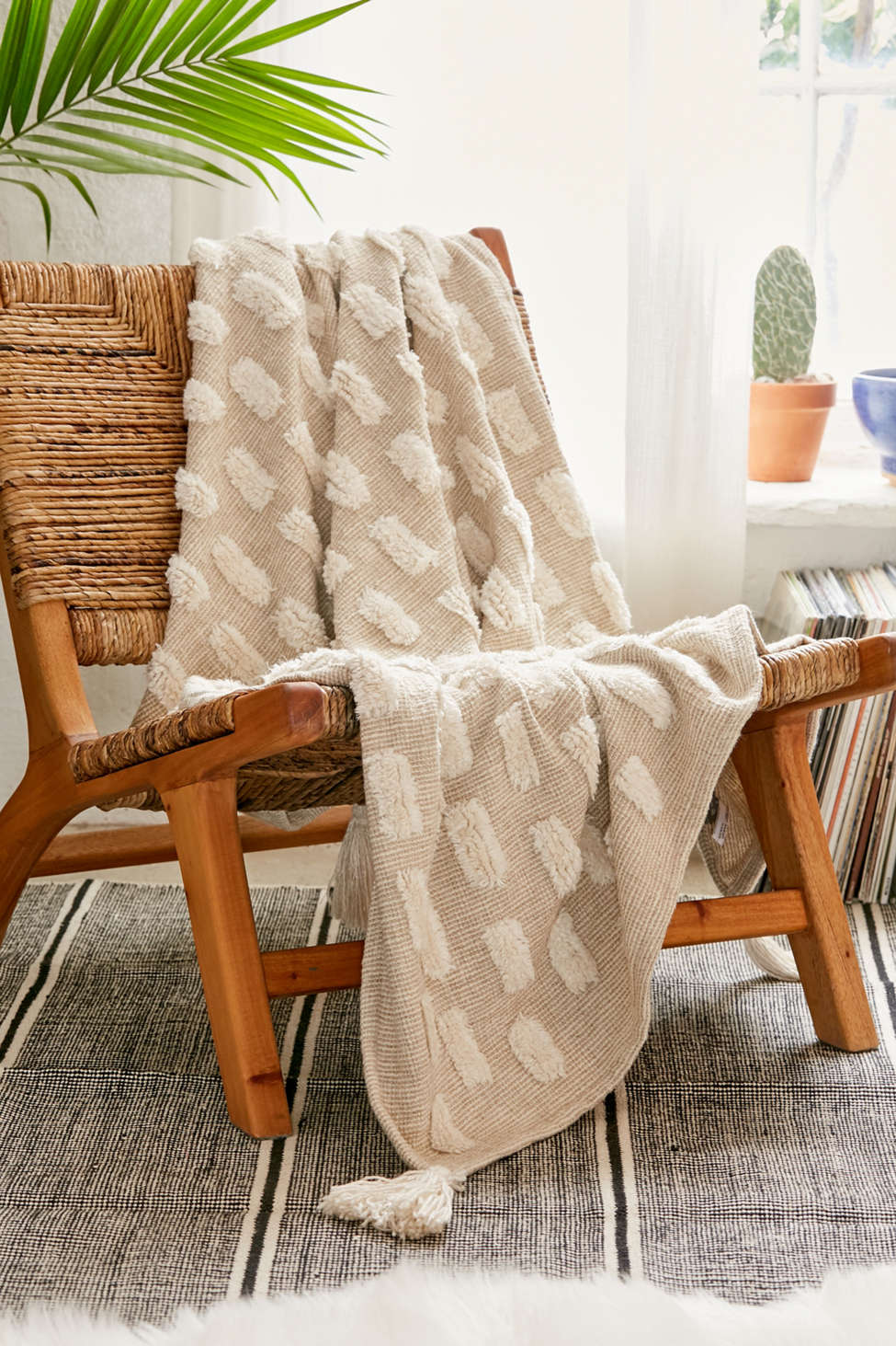 Slide View: 1: Tilly Tufted Throw Blanket