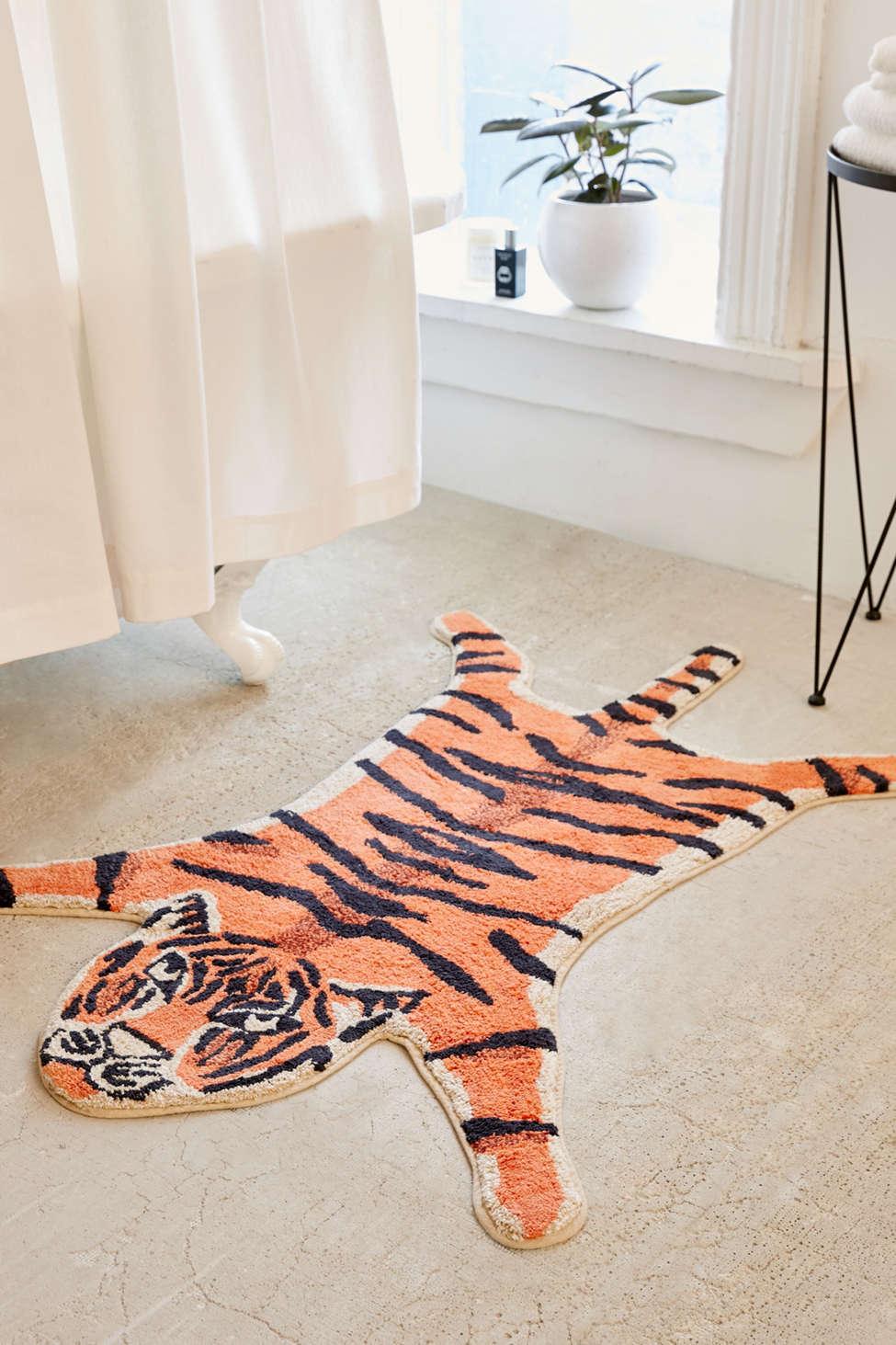 Slide View: 1: Tiger Bath Mat
