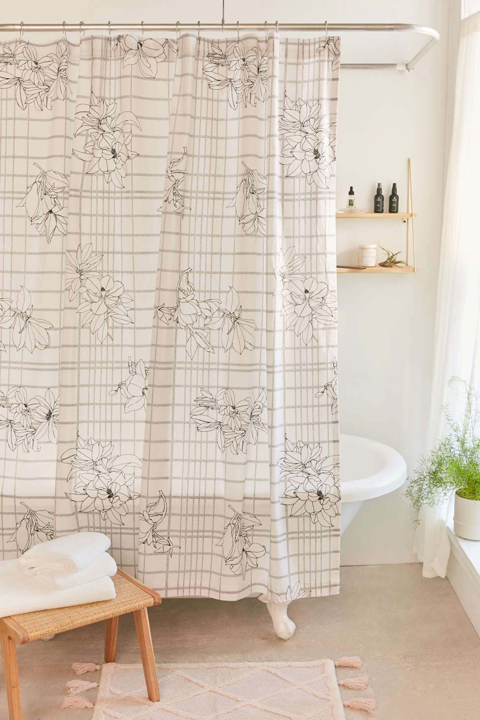 Slide View: 1: Magnolia Grid Shower Curtain