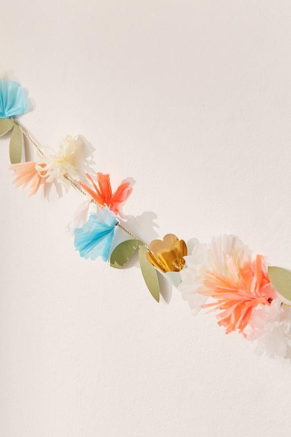 slide view 3 meri meri paper flower banner