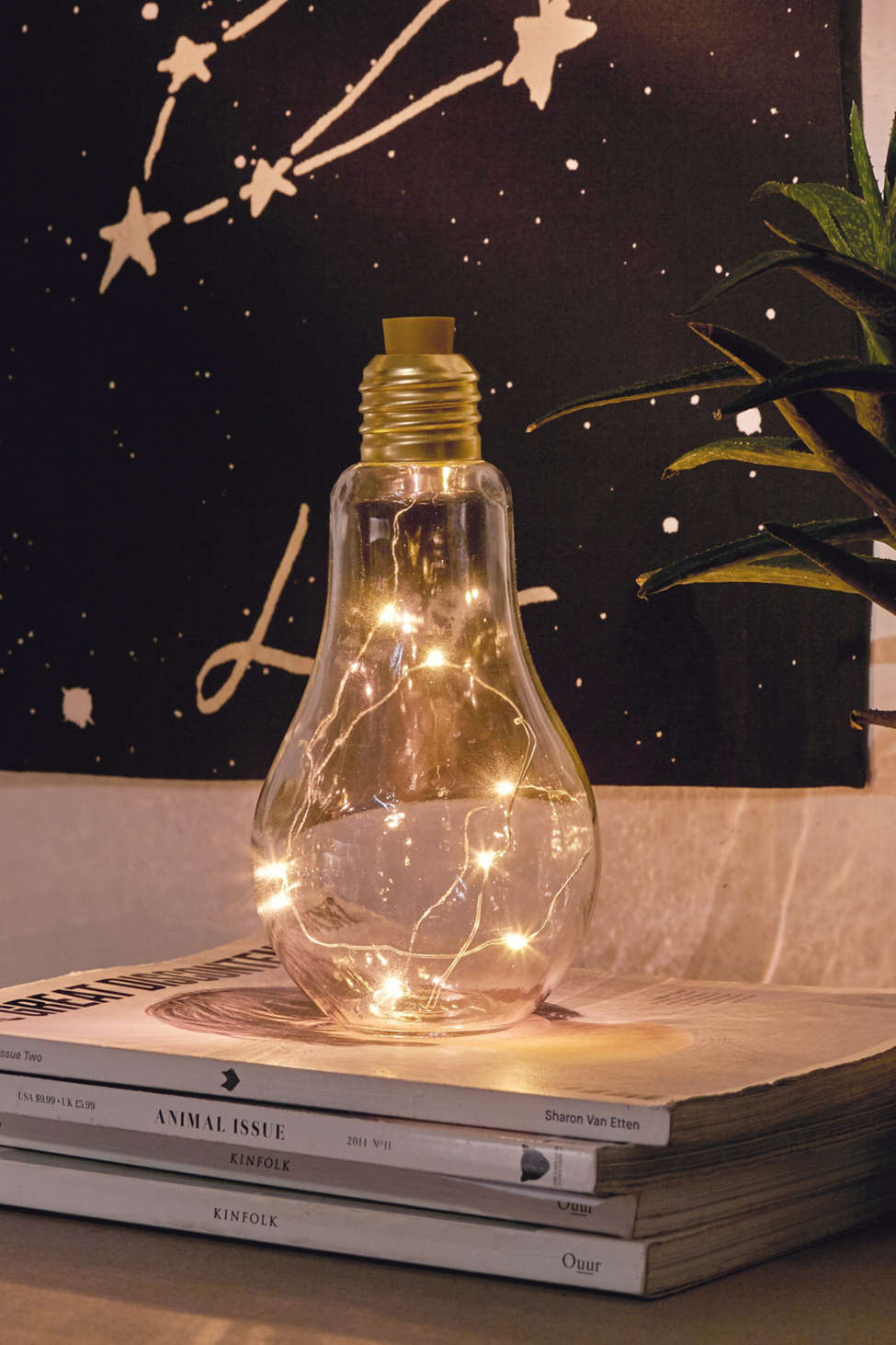 Slide View: 1: Bulb Firefly Table Lamp