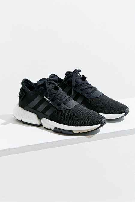 Adidas  mujer 's zapatilla urban outfitters Canada
