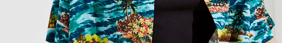 Thumbnail View 1: UO Cropped Button-Down Hawaiian Shirt