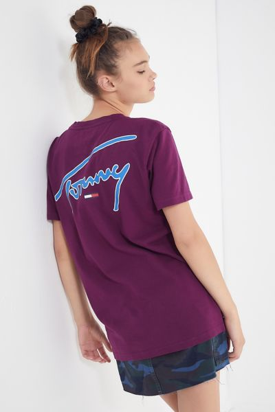 Tommy Jeans Signature Crew Neck Tee by Tommy Jeans