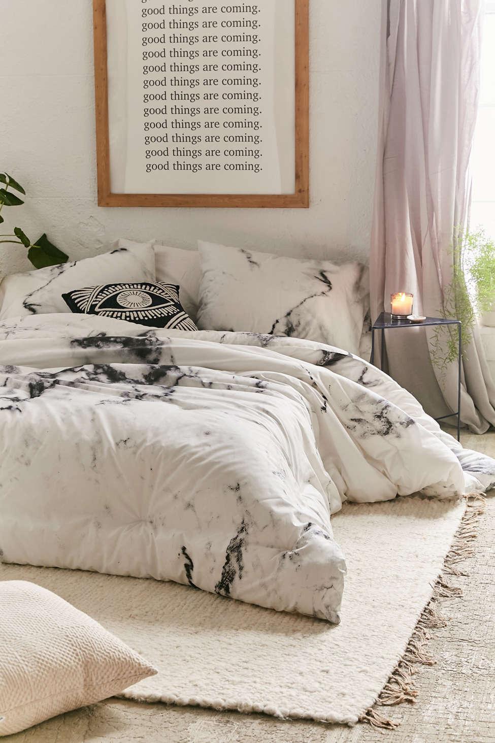 Slide View: 1: Marble Comforter Snooze Set