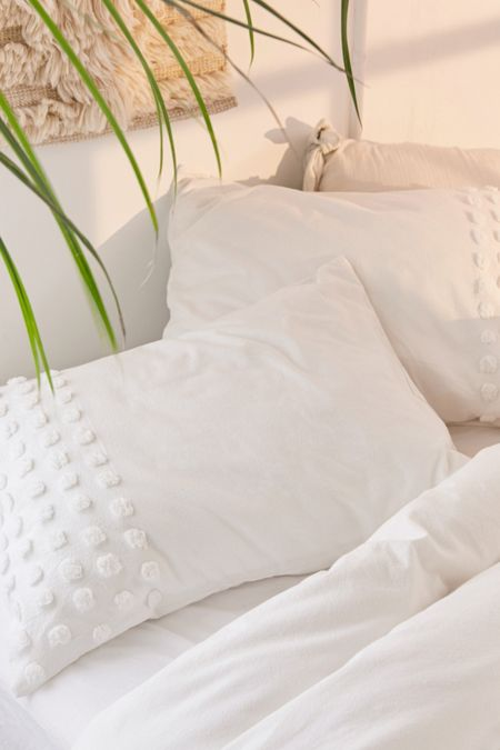 Bedding duvet covers bed sets more urban outfitters tufted dot sham set gumiabroncs Images