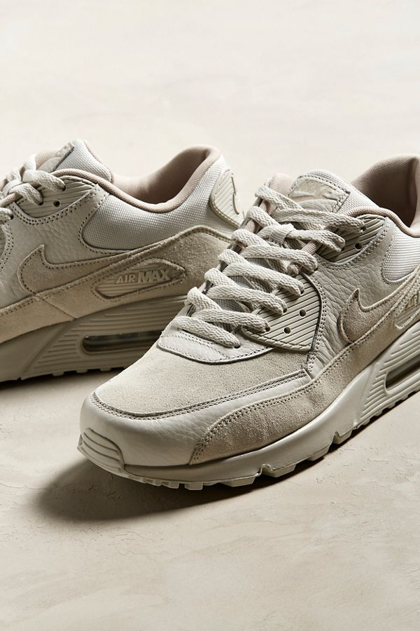Slide View: 2: Nike Air Max 90 Sneaker