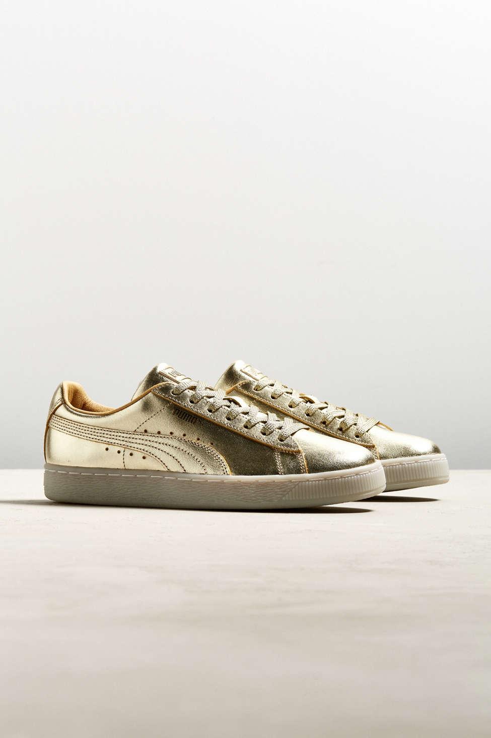 Puma Suede Classic 50th Gold Sneaker