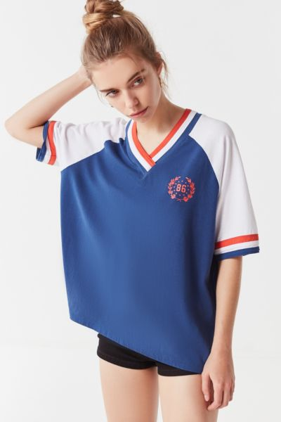 Uo Colorblock Crest V Neck Tee by Urban Outfitters