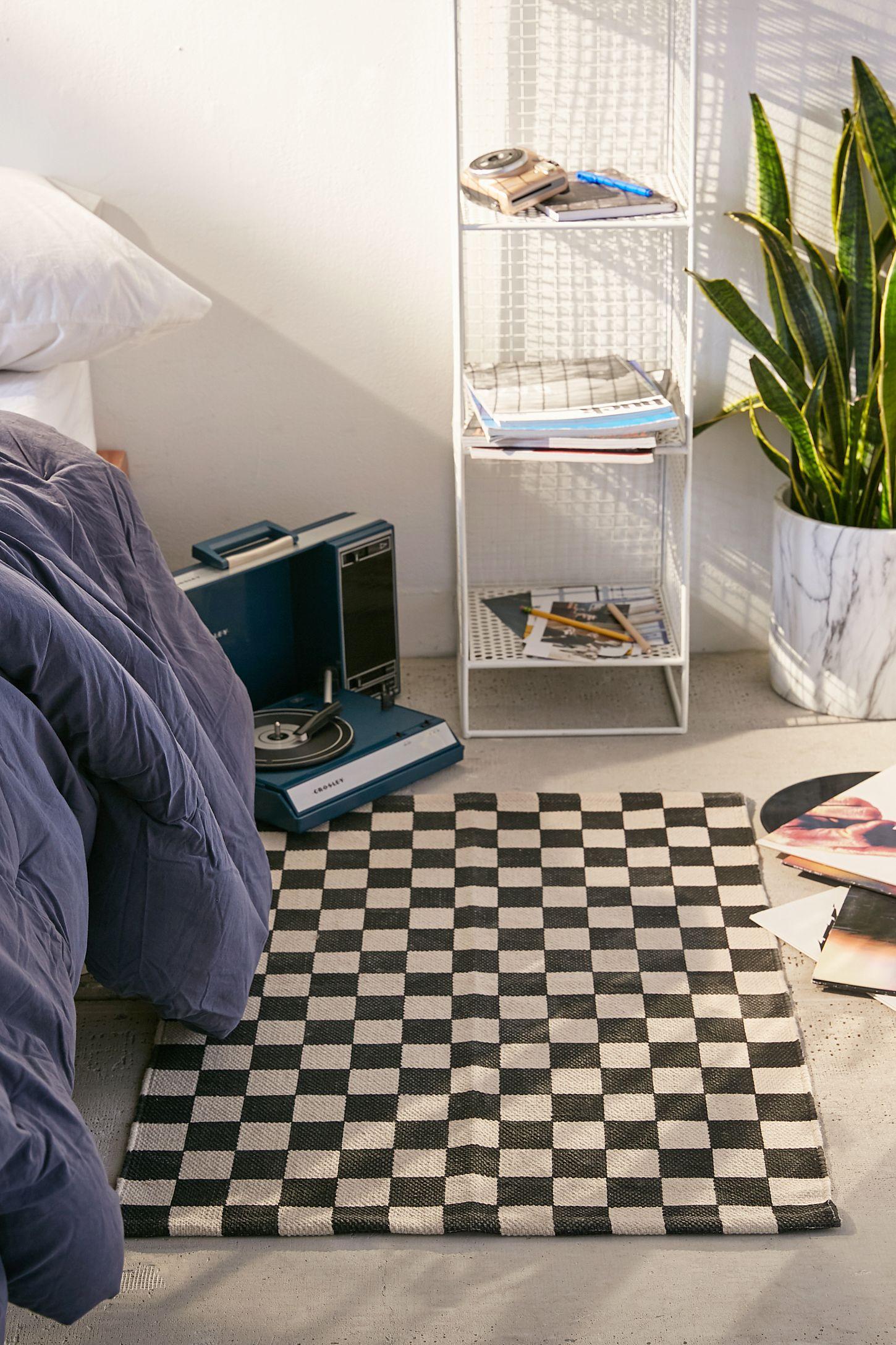 Checkerboard Rug Game Area Rug Ideas