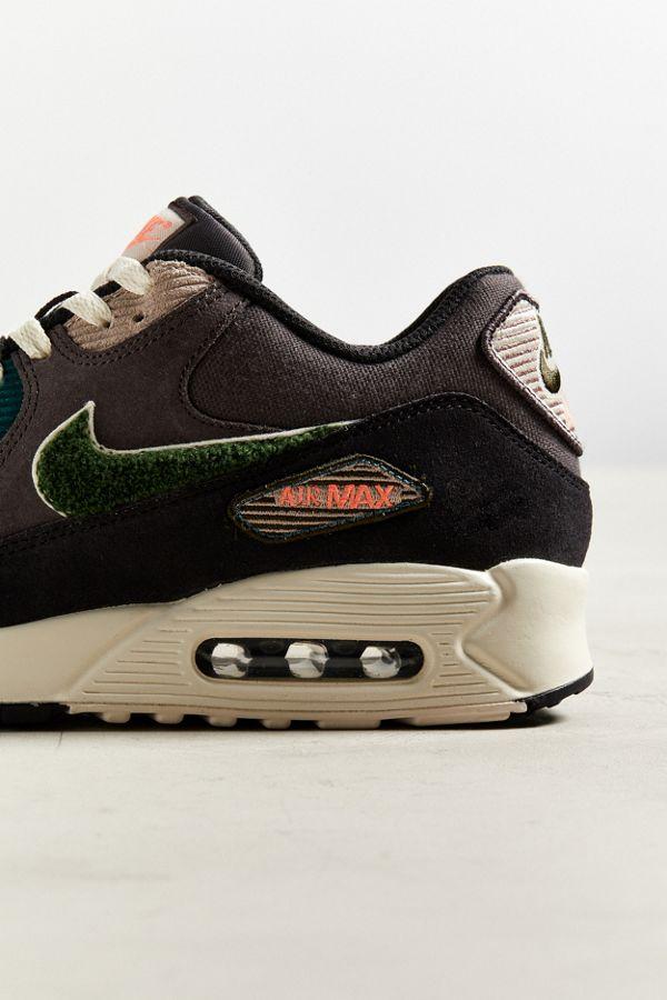 89ea6d4e878 ... Nike Air Max 90 Premium SE Sneaker Urban Outfitters cost charm 61ef9  e520b ...