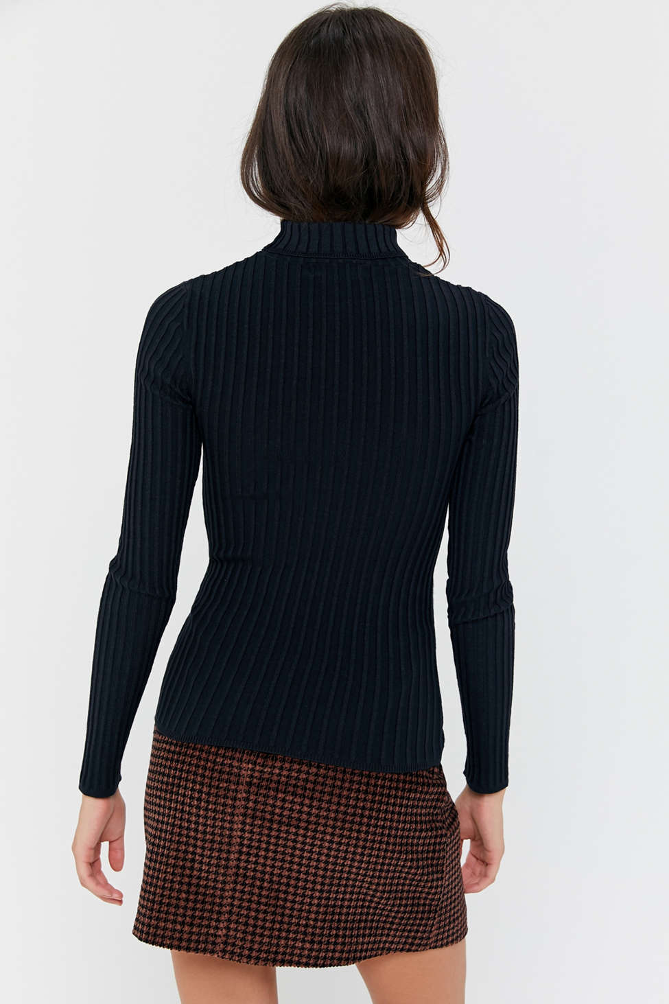 Uo Ronnie Ribbed Knit Turtleneck Sweater by Urban Outfitters