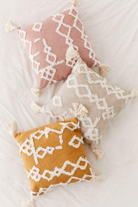 Floor Pillows Fleece Throws Urban Outfitters Canada