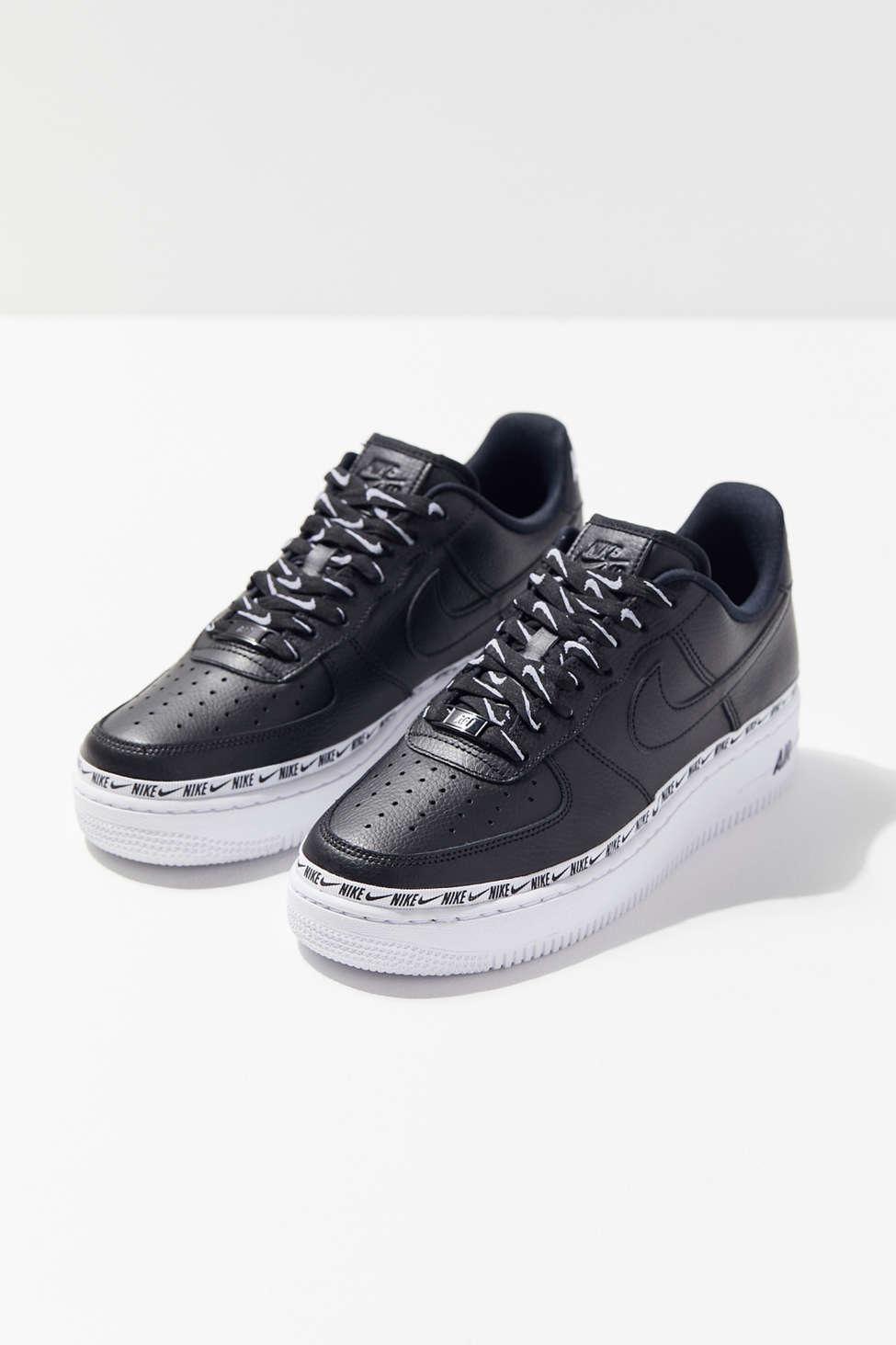 Nike Air Force 1 07 Se Premium Overbranded Sneaker