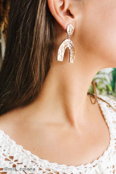 Aria Hammered Statement Earring by Urban Outfitters