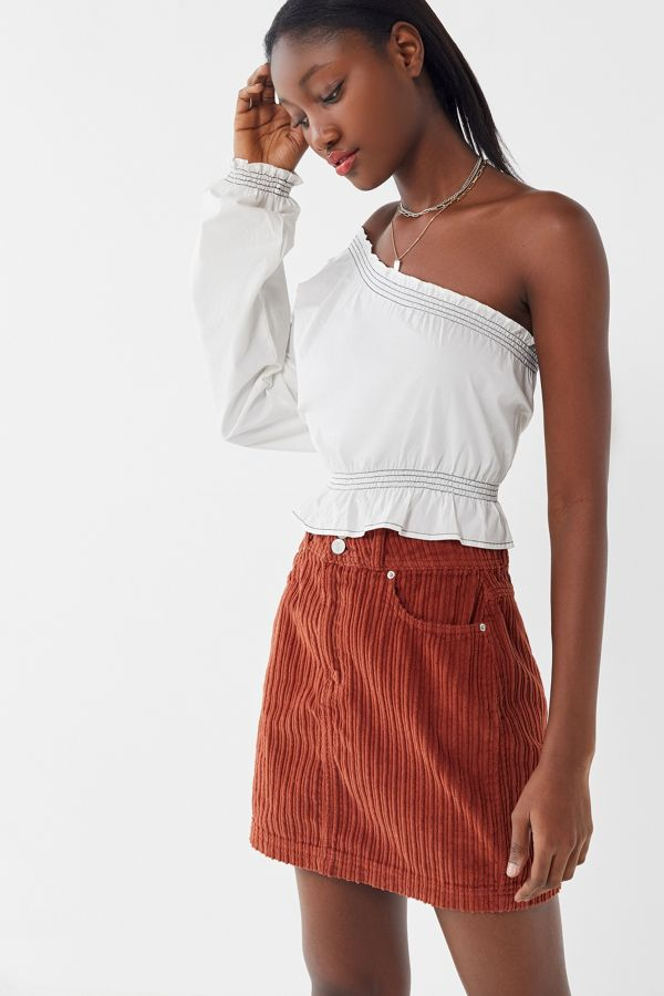 Slide View: 1: UO New York Minute Corduroy Skirt