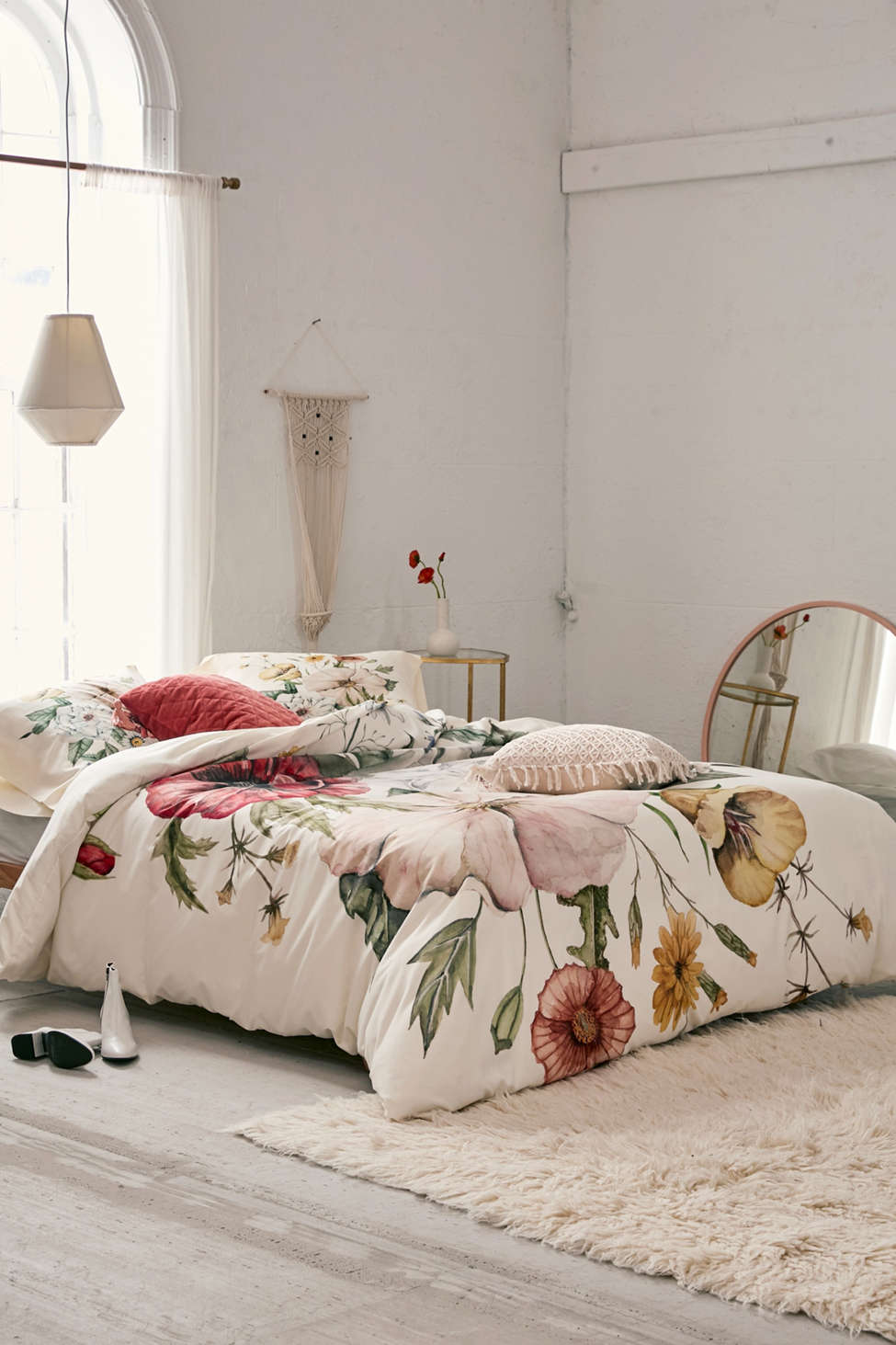 Slide View: 1: Shealeen Louise For Deny Wildflower Bouquet Duvet Cover