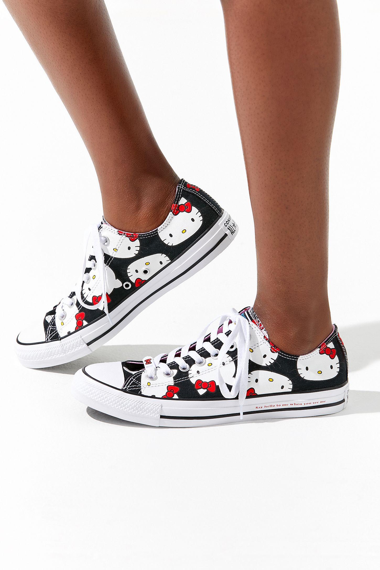 dd70c93edae5c3 Converse X Hello Kitty Chuck Taylor All Star Low Top Sneaker