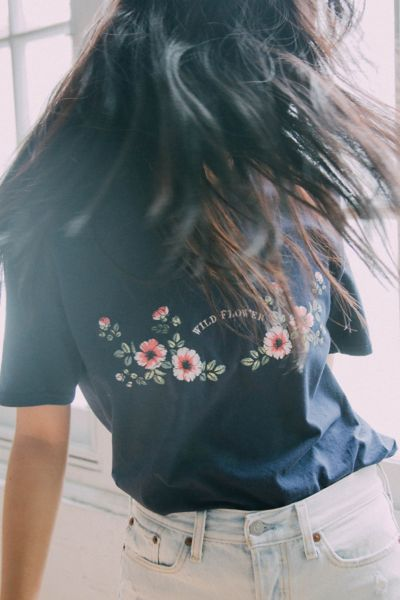 Uo Wildflower Tee by Urban Outfitters