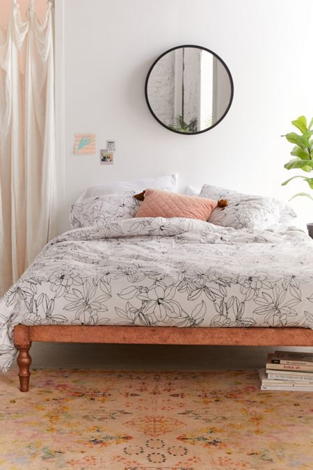 Bedding bed linens urban outfitters magnolia floral duvet set gumiabroncs Images