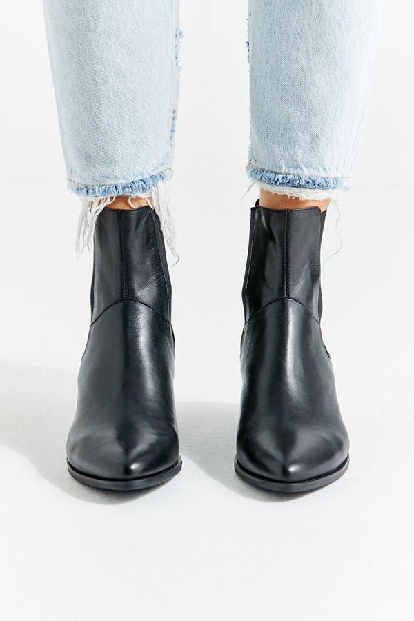 cea3b038193ebf Slide View  3  Vagabond Shoemakers Lara Chelsea Boot