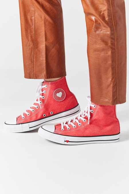 Converse Urban Outfitters
