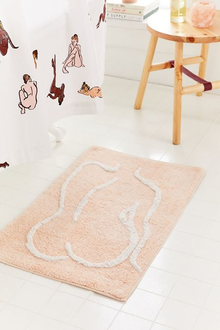 Bathing Beauty Bath Mat – Urban Outfitters Home