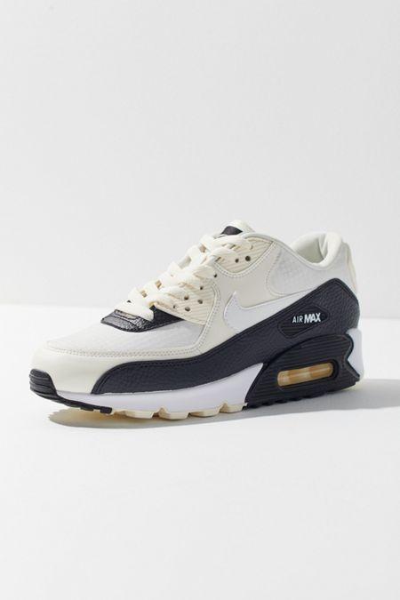 Black. Nike Air Max 90 Sneaker e0e83bb7b9f