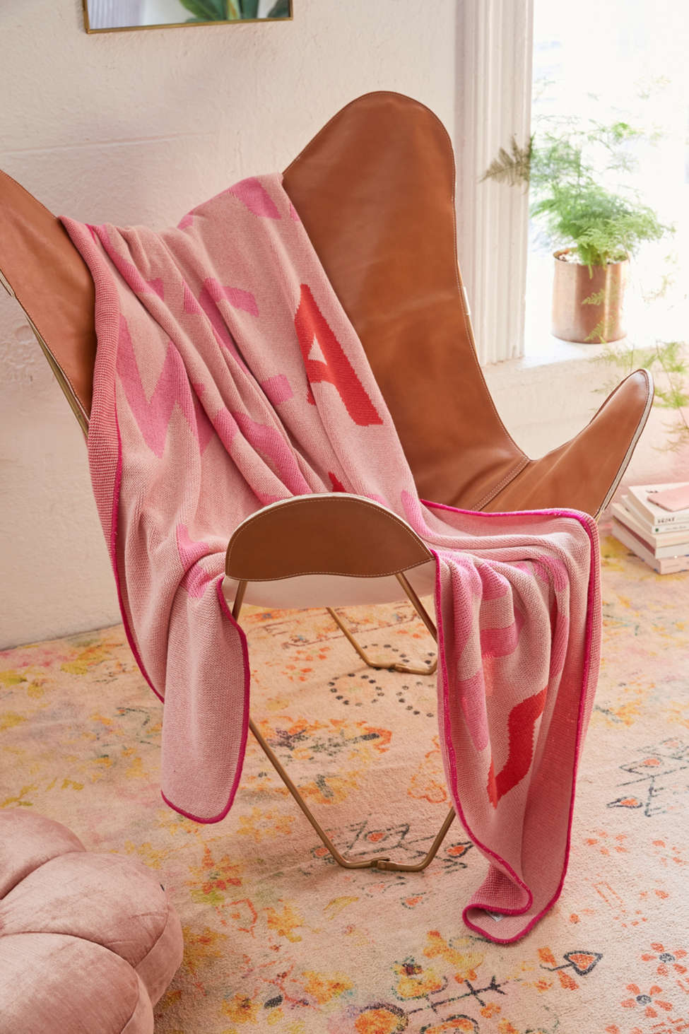 Slide View: 2: Calhoun & Co. Mamas Knit Throw Blanket