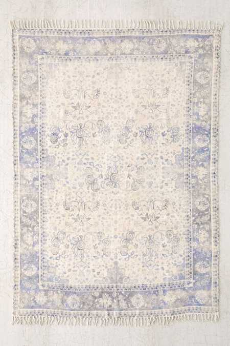 Screen Printed Area Rugs Throw Rugs Urban Outfitters