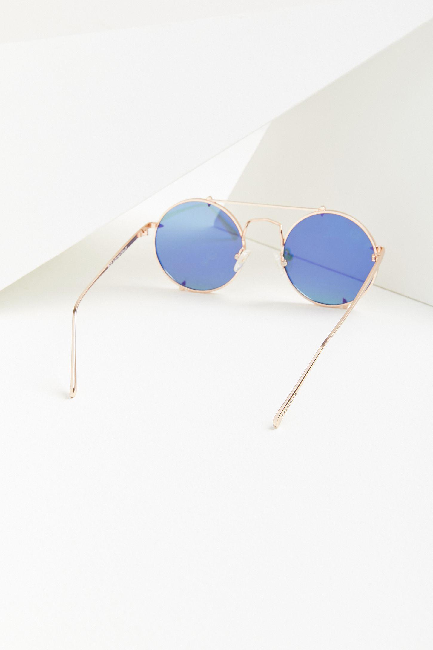 5dd161bc6db Slide View  3  Bonnie Clyde Pico Round Sunglasses