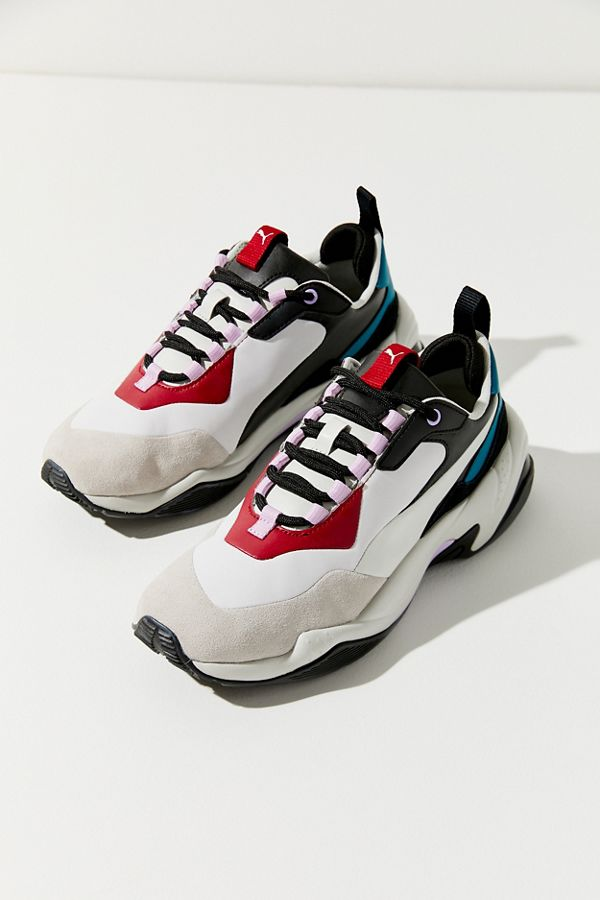 791009d125f Slide View  1  Puma Thunder Rive Droite Sneaker