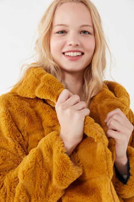 Yellow Women S Faux Fur Teddy Fuzzy Jackets Urban Outfitters